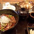 写真: 近江牛たたき丼