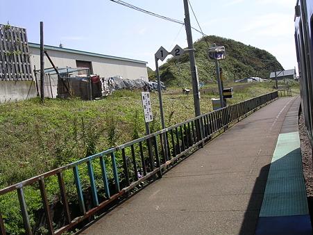 東町駅ホーム