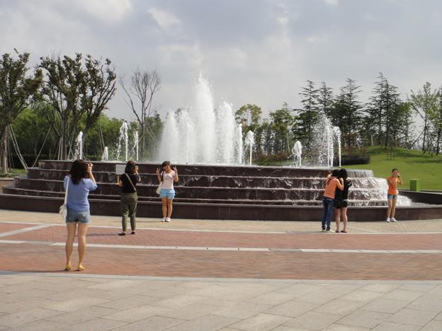 歓楽谷 入口前の噴水