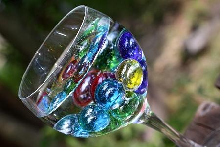 グラスの中のガラス玉達
