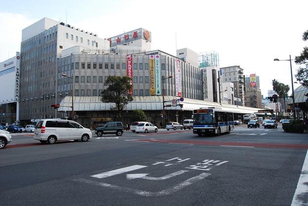 写真: デパート前交差点1