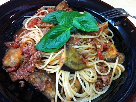 iPhone 4-茄子と挽肉のトマトソースパスタ(ノーマル)