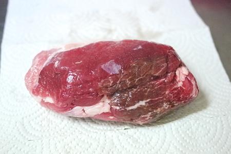 塩漬け3日目の豚肉
