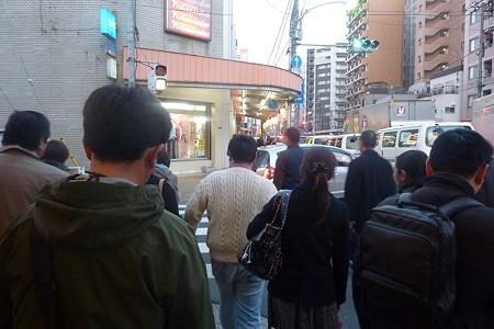 12-蔵前橋通りの人たち