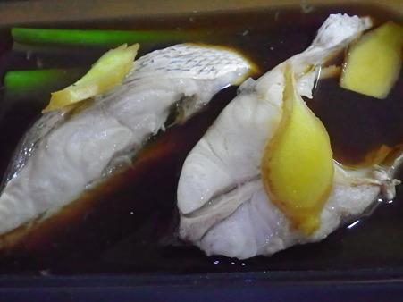 鯛のシリコンスチーマー蒸し