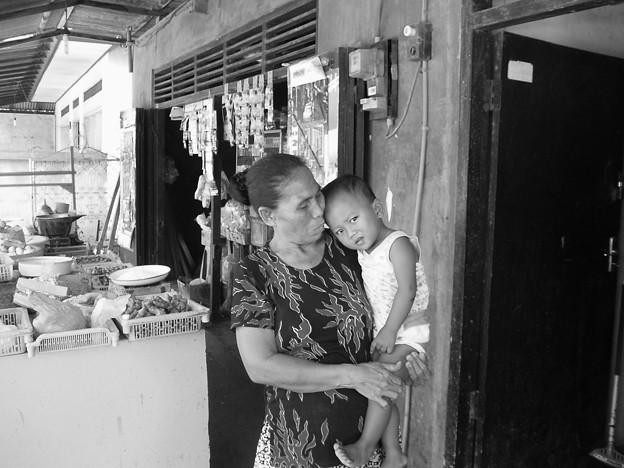 おばあちゃんと子供