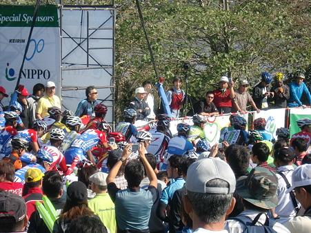 2010ツールド北海道 ステージ4スタート