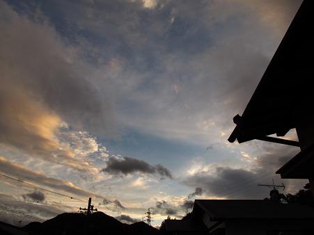 台風が通り過ぎた空