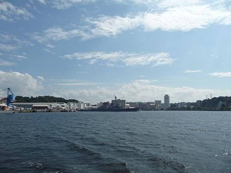 101008-よこすか軍港めぐり (88)