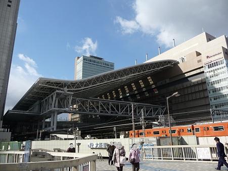 101225-大阪駅 (2)