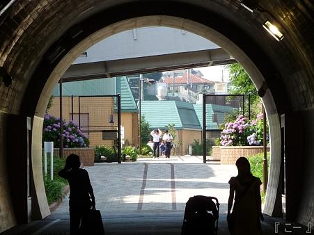 110622-東横廃線 反町→横浜 (52)