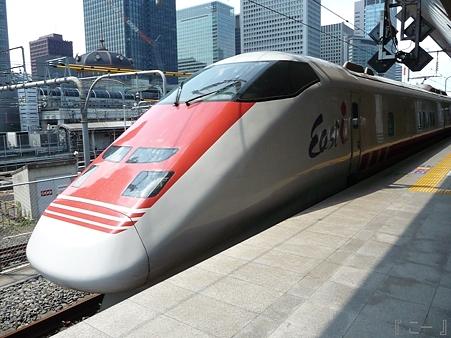 110629-東京駅 east-i (3)
