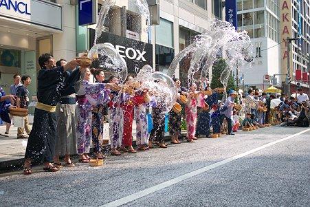 2010.08.01 銀座 ゆかたで銀ぶら 2010 打ち水