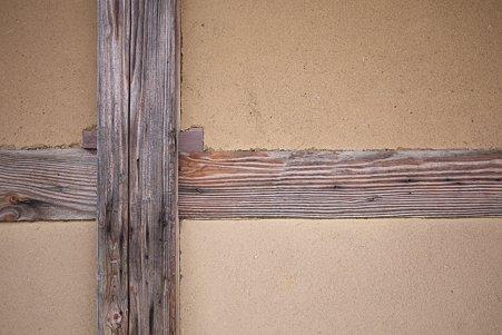 2010.10.28 六戸町 苫米地家の壁
