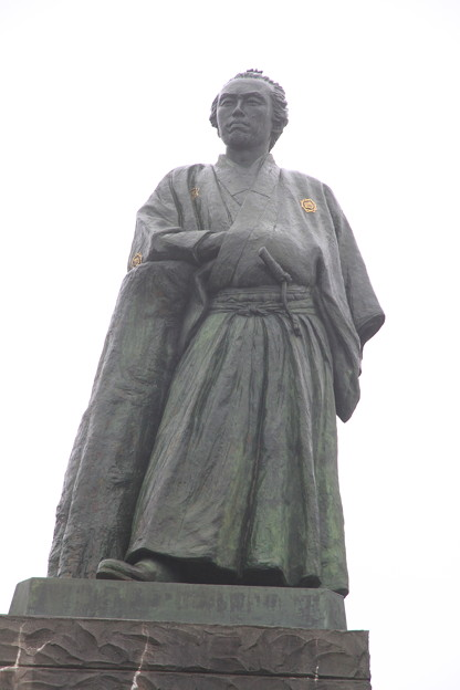Photos: 110511-129四国・中国地方ロングツーリング・桂浜・坂本龍馬像