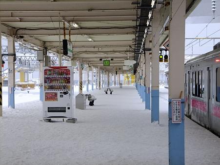 青森駅ホーム2