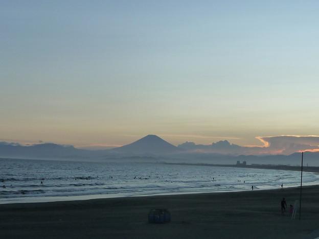 鵠沼海岸の富士山2