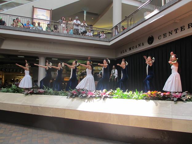 2012 Ala Moana center stage_023