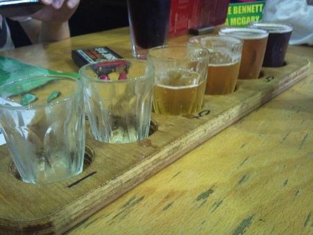 ケアンズ ブルースカイブルワリーで6種試飲セット