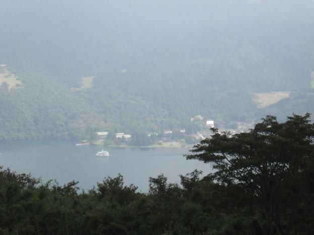 写真: 芦ノ湖なう